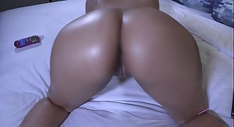 Super Thick Spanish Mami Bianca gets submissive for her boss's cock