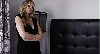 Milf Mommy Julia Ann fucking her step son at bed - Excasting.com