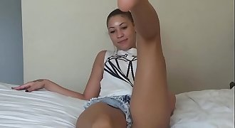 The Kardashian footjob lightskincamgirl.com