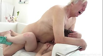 Luna Rival - Old man makes sweetie kneel